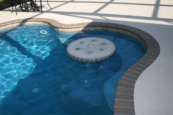pool_0002_table